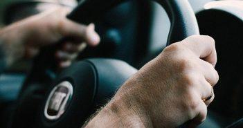 Kolovozi suvi, savjetuje se oprezna vožnja